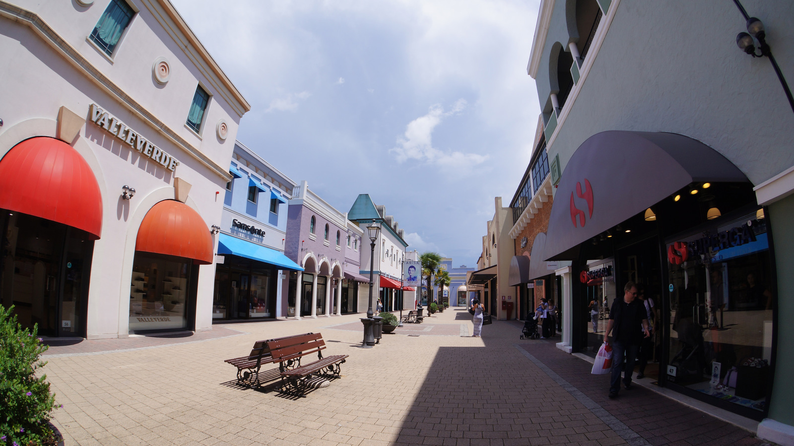 Valmontone Fashion District Outlet - Outlet Malls From valmontone fashion district